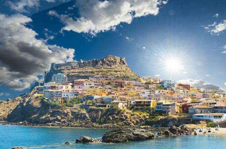 Visita lo mejor de los panoramas de tierra y mar en Cerdeña, Italia